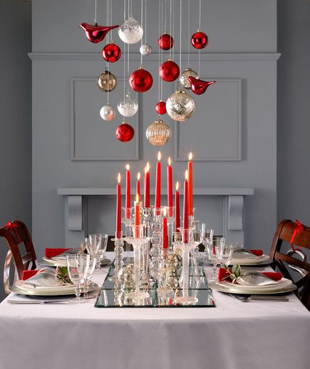 Red-White-Christmas-Table-Setting-Fantail-Productions