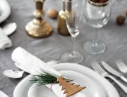 christmas-table-setting-Fantail-Productions